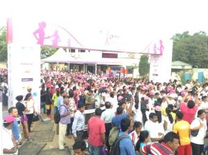 pinkathon crowd